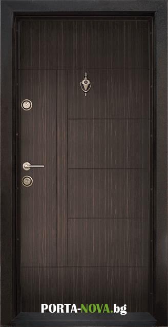 Блиндирана входна врата модел T-587, панел Абанос във Варна