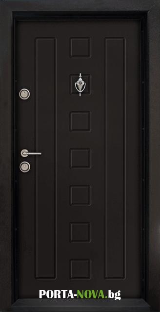 Блиндирана входна врата модел T-712, панел Бял във Варна