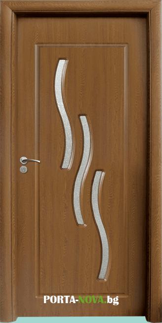 Интериорна HDF врата с код 014, цвят Орех във Варна