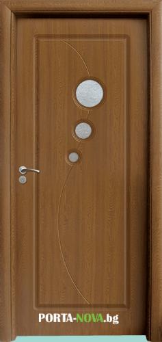 Интериорна HDF врата с код 017, цвят Орех във Варна